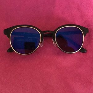 Madden Girl mirrored sunglasses